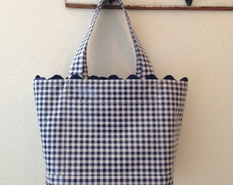 Beth's Medium Gingham Oilcloth Tote Bag with Exterior Pockets and Rick Rack