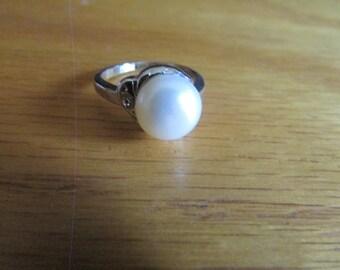 circle pearl ring