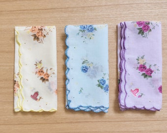 3 Old Fashion Handkerchiefs Scalloped Floral Assortment B