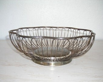 silver wire basket for fruit or bread- urban industrial scalloped metal bowl - shabby cottage chic  mid century decor
