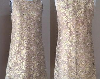 Vintage Gold Lace Cocktail Dress. evening Wedding Dress. Elegant. Size 8 vintage