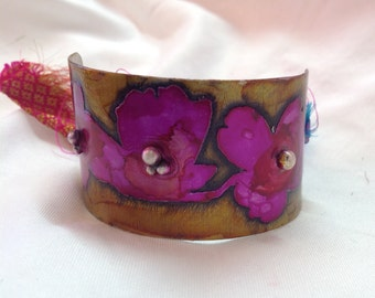 Etched metal flower cuff
