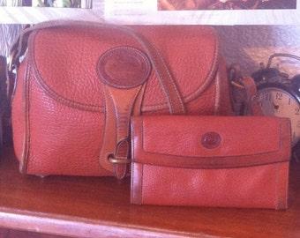 DOONEY & BOURKE Medium Essex Bag R25 with Matching Wallet
