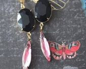 Rose Romance Earrings  Black Crystal Dangles  Crystal Rose Navettes  Gold Brass  Spring Wedding, Bridal  Vintage  Gift Box