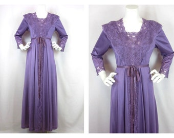 Vintage 70s Peignoir, Gilead, Gown and Robe, Purple Nylon and Lace