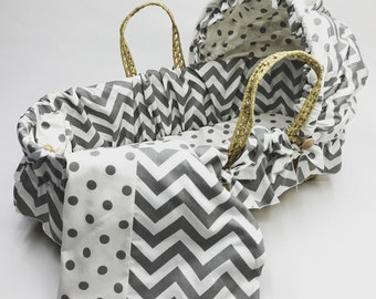 Moses basket with Gray Chevron and Dot Bedding Set
