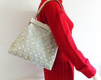 vintage 1950s lace and lucite purse/ 50s silver vinyl purse / mid century handbag