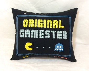 Decorative Pillow, Sofa Pillow, Throw Pillow, Bed Pillow, Couch Pillow, Pac Man Pillow, Decorative Bed Pillow, Black Pillow, Accent Pillow