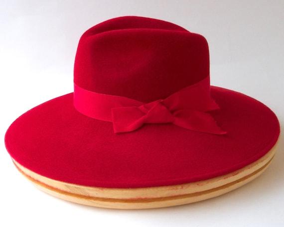 Widebrimmed Fedora Hat Widebrimmed Felt Hat Women's Felt Hat Spring Hat Spring Fashion Spring Accessory Women's Felt Fedora Hat Red Hat