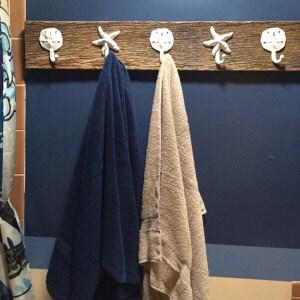 Barn wood home decor as seen on best bathroom towel for Best deals on home decor