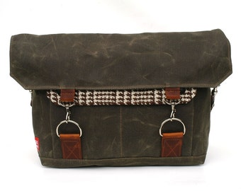 Waxed Canvas Messenger Bag / Vintage Brown and Cream Houndstooth Wool & Oiled Leather