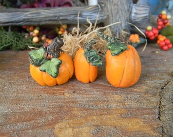 Fall  Pumpkin with curly q    (1)  ceramic miniature Fairy Garden decor terrarium  pottery  .......Pick your own from the patch  PM