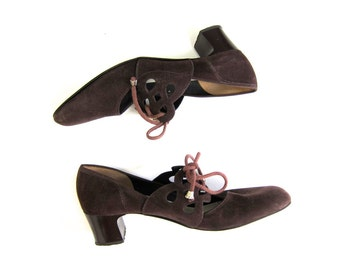 50s brown suede corset heels vintage modern cut out oxfords 60s brown lace ups dress up high heels Womens size 6.5