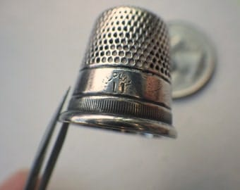 Vintage Sterling Silver Thimble - Antique