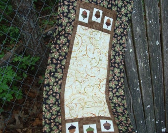 Fall Acorn Quilted Table Runner