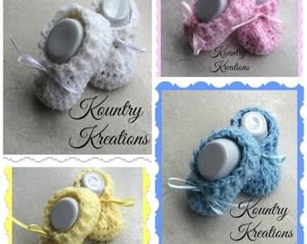 Crochet Baby Booties/Booties/Newborn Booties/ Baby Booties /SWEET Soft  BOOTIES (Ready to Ship)