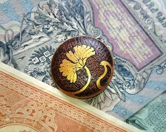 Wooden brooch Art Nouveau