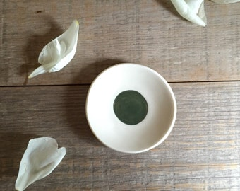 Green Dish. Ring Dish. Small Dish. White Bowl. Porcelain Bowl. Appetizer Bowl. Green Bowl. Porcelain Dish. Teabag Holder.