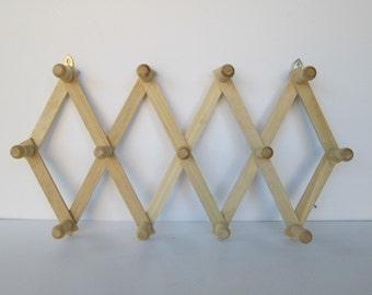 Accordion Wood Wall Rack