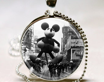 VINTAGE Macys THANKSGIVING Day PARADE Mickey Mouse Balloon Altered Art Pendant Charm Necklace