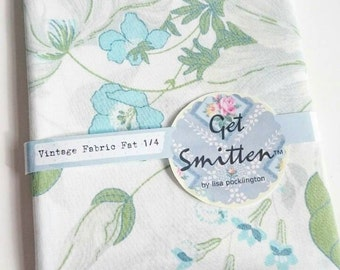 Green, White and Blue Pretty English Flower Garden Retro 1980s Cotton Vintage Fabric Fat Quarter