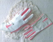 Vintage Gloves/ Special Occasion Gloves / Midcentury Fashion/White and Pink Gloves/ Size Small