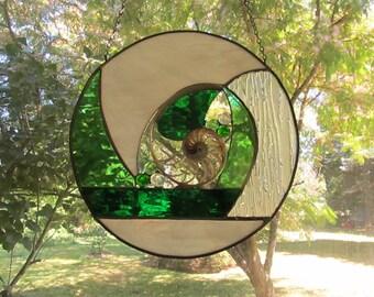 Center Sliced Nautilus Window in Green