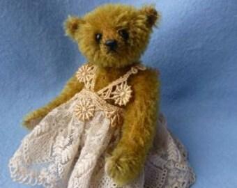 MIRANDA a miniature bear