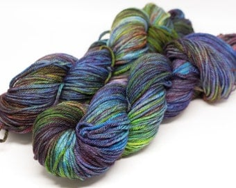 "Merino Worsted ""Magic Show"""