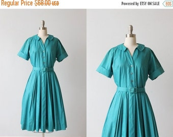 SALE Vintage 1950s Dress / 50s Dress / Shirtwaist Dress / Cotton Dress / Pleated Skirt / Breeze