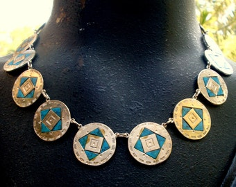 Turquoise Silver Circle Necklace, Vintage Faux Turquoise Square in a Silver Circle Link, Southwestern Cowgirl Motif,  1980s