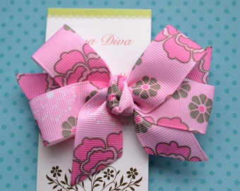 Pink and Brown Retro Flowers Classic Diva Bow
