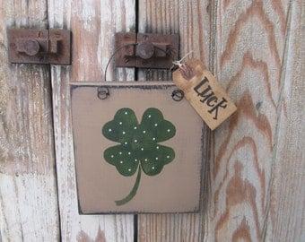 Primitive St Patrick's Day Clover Shamrock Irish Hand Painted Sign Plaque GCC6138