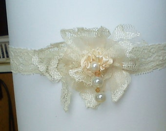 Orchid  garter lace bridal champagne cream