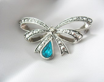 Bow Brooch Avon Faux Rhinestone and Teal Glass Teardrop Silver in Original Box
