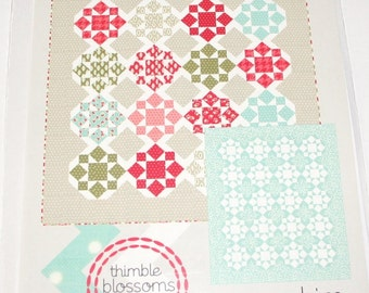 On a Whim Quilt pattern Thimble Blossom