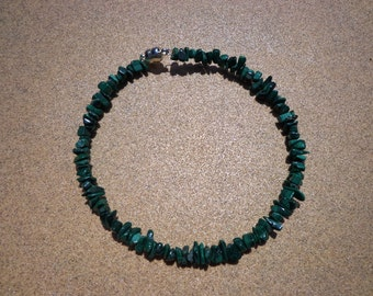 Bracelet Malachite Mini Chip Gemstone Beads on Wire Coil with Magnetic Clasp 7.75 Inches, Malachite Gemstones, Protection Stone