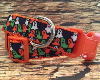 Ghosts Halloween Dog Collar, Side Release Buckle Style Sizes M - L - XL
