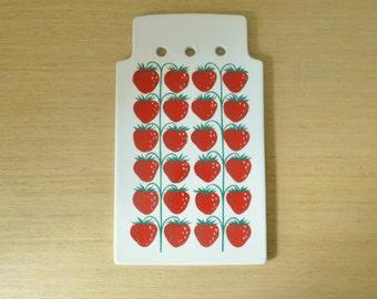 arabia finland strawberry pomona cheese board