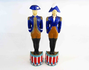 Vintage Colonial Soldier Chalkware Pair of Wall Hangings. Circa 1970's.