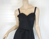 70s Disco Dress in Black Lace- 1970s Sundress- Sweetheart Neckline, Fit & Flare- Extra Small- Cotton