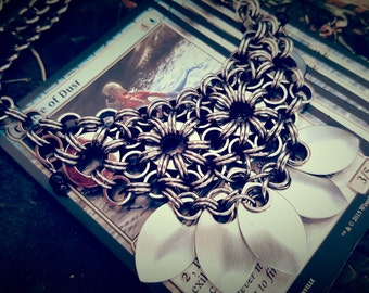 Noir Scalemaille Necklace, Swinging 20s