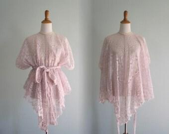 Vintage Lace Cape - Unique 80s Pale Pink Lace Poncho Style Shawl - Vintage 1980s Lace Blouse S M L