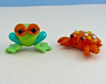 Tree Frog and Hermit Crab - Lampwork Glass Beads SRA