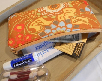 """Padded ZIPPER POUCH in """"Geisha Fans"""" by Amy Butler"""