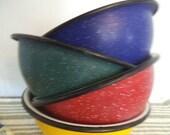 4 vintage colorful Speckle Enamel Bowls ~ Enamelware ~ Primary Colors ~ Farm House Urban Loft Kitchen