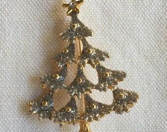 Vintage Danecraft Rhibestobe Glittery Christmas Tree Pin