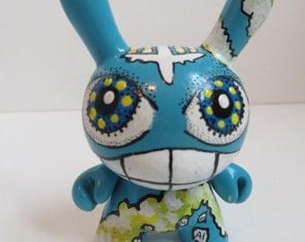 Chem Trail Custom Kidrobot Vinyl Conspiracy Dunny Chemtrails Art Toy OOAK by Artist Kelly Green H-Baum