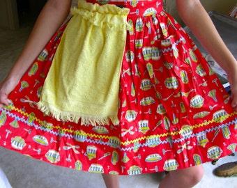 Vintage  Crisp Cotton  Fabric Half Apron with Big  Pocket & Yellow Small Towel