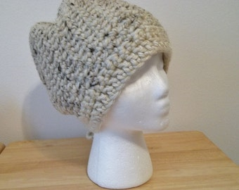 Handmade Crochet Women's Hat Cloche XL Acrylic/Wool/Rayon Color Light Beige